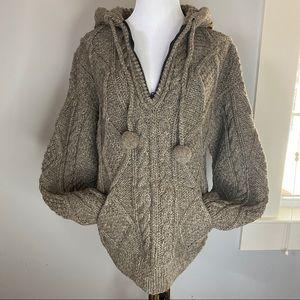 Artesanias Otavalo M wool sweater hood quarter zip